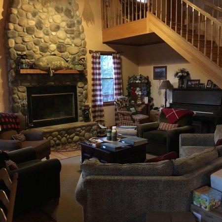 Berry Springs Lodge: photo2.jpg