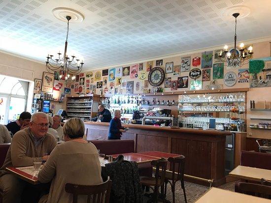 Goult, France: Cafe de la Poste
