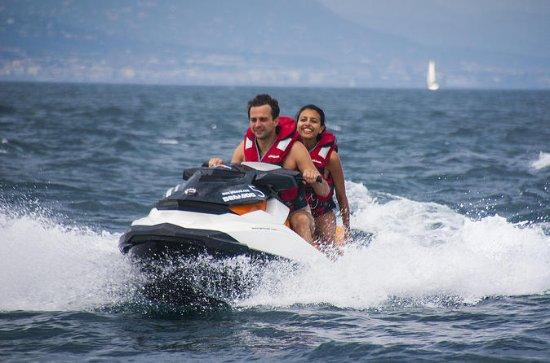 Jet Ski Experience without license in...