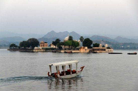 Experience Jagmandir Island Udaipur...