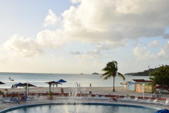 Bolans, Antigua: Big pool by the beach