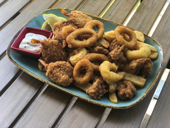 Nerang, Australien: Prawn and Calamari Plate