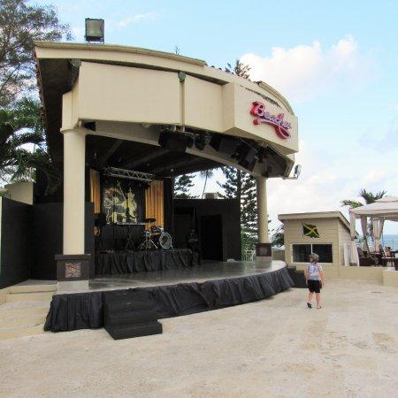 Boscobel, Jamaica: Main stage