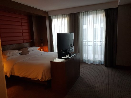 Hilton The Hague: 20180216_125355_large.jpg
