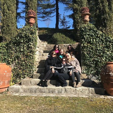 Loro Ciuffenna, Italia: Best Tour Ever!! We had an amazing tour of Chianti region with Sergio. He took great photos of u