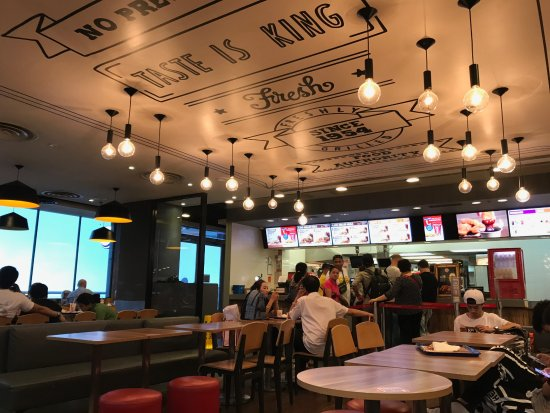 Burger King: The ambiance