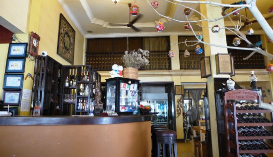 Anise Hotel : The hotel restaurant where hotel guests can enjoy complimentary breakfast