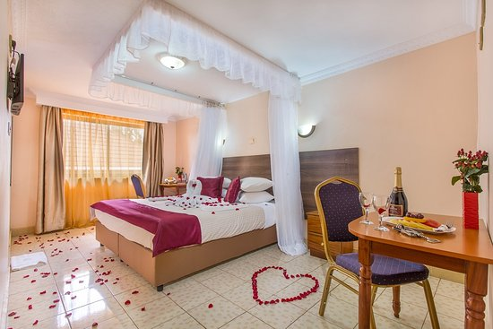 ‪‪Kiambu‬, كينيا: Honeymoon Room‬