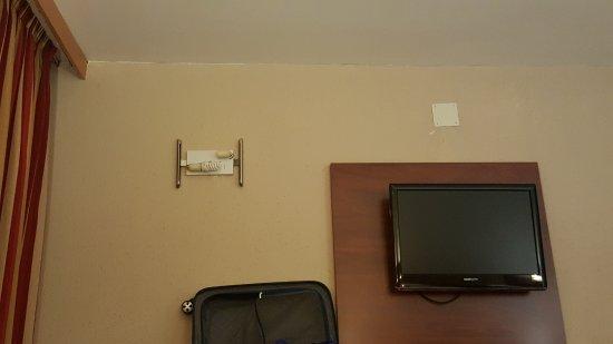 Hotel Andorra Center: habitacion en pesimas condiciones