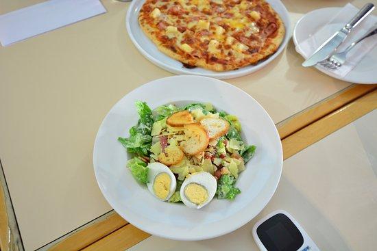 Gecko's Cafe : サラダ