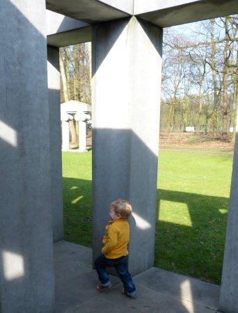 Middelheim Museum : Spelen tussen de kunst -  Middelheimmuseum - Antwerpen