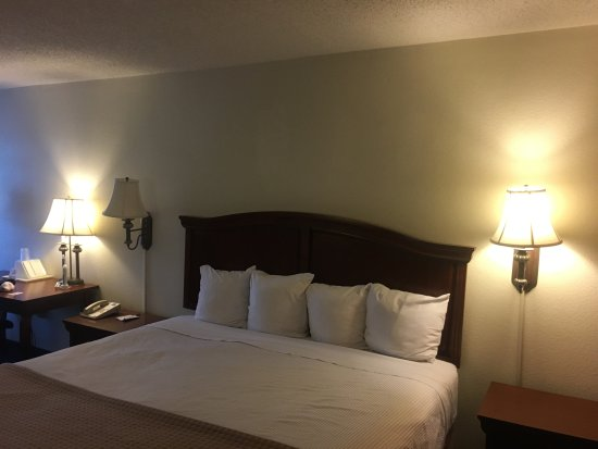 Best Western Near Charlottesville Va Review Of Baymont By Wyndham