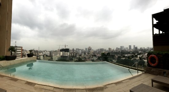 Hotel Alvalade: Pool view