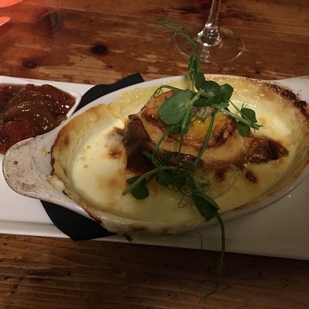 ‪‪Sinnington‬, UK: Blue cheese soufflé‬