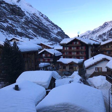 Hotel Rhodania Zermatt Reviews