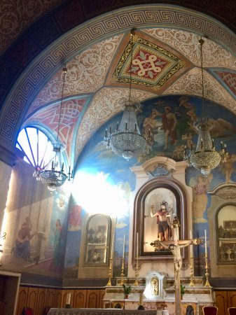 Manziana, İtalya: Icon and altar