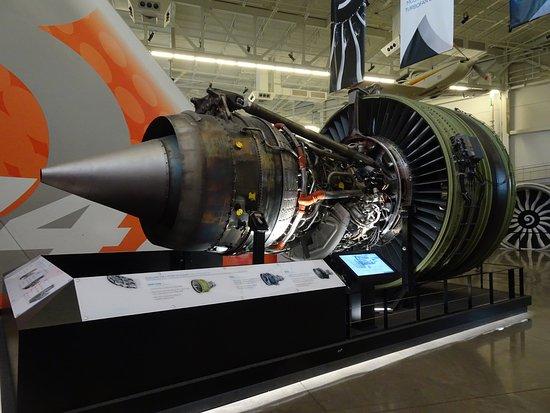 Future of Flight Aviation Center & Boeing Tour: Example engine
