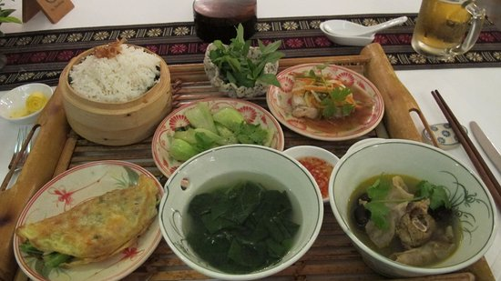 Victoria Can Tho Resort: All-in-one meal set: a Vietnamese home menu