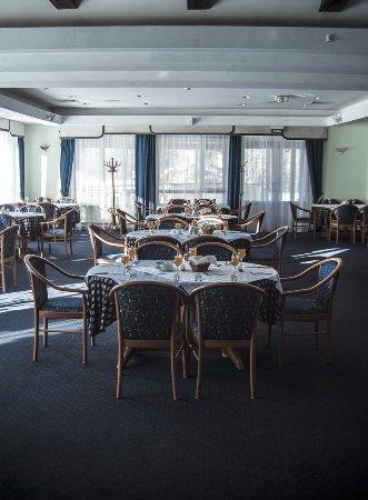 Restaurant «Freestyle»: Главный зал ресторан Фристаил.