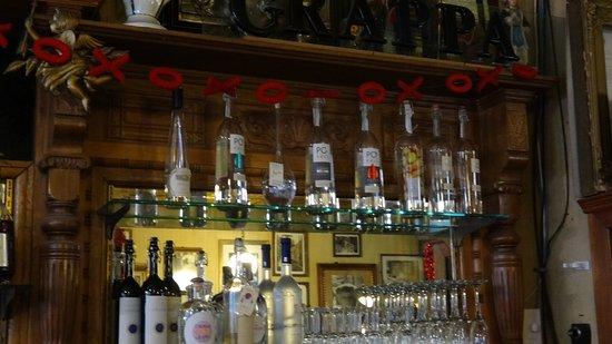 Caffe Vittoria: Bar Area