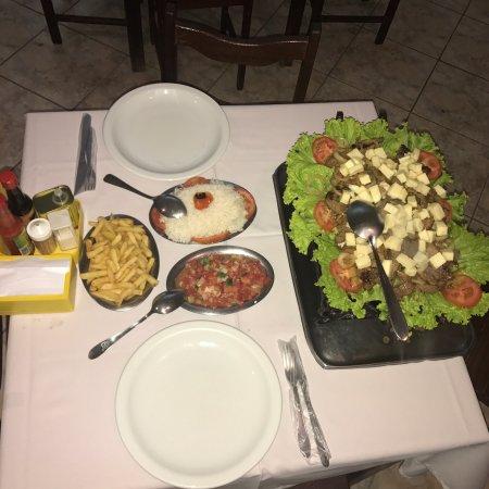 Ipanema, MG: Picanha na chapa com fritas. A melhor da região!