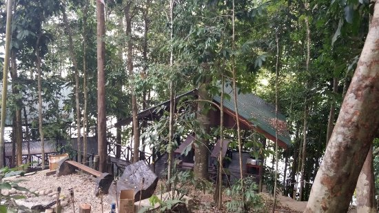 Gerik, Malasia: Belum Adventure Camp