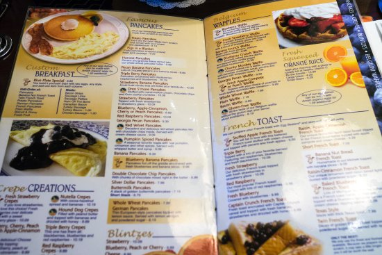 Blueberry HIll: Wide selection for the breakfast items
