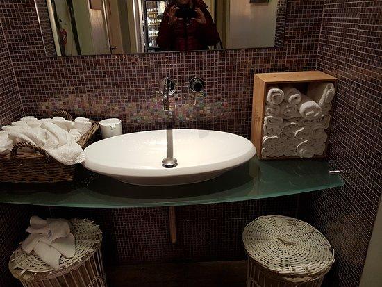 Il bagno picture of il dek italian bistrot prato tripadvisor