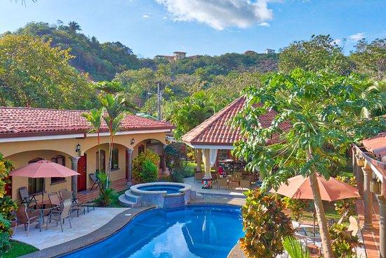 Las Brisas Resort and Villas: Pool View