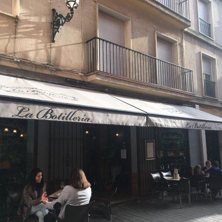La Botilleria: photo1.jpg