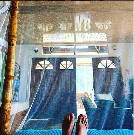 Castara, Tobago: Studio room with brand new seating