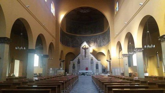 Chiesa Parrocchiale Madonna della Divina Provvidenza