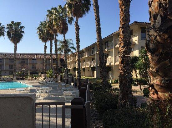 DoubleTree by Hilton Bakersfield: IMG_2188_large.jpg
