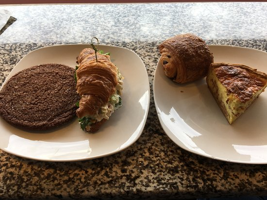 Kirkwood, Missouri: tuna croissant with gingersnap cookie, quiche with chocolate croissant