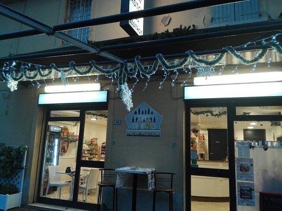 Calderara di Reno, Ιταλία: New Astor Bar