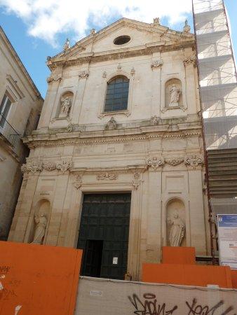 Chiesa E Consevatorio DI Sant'anna