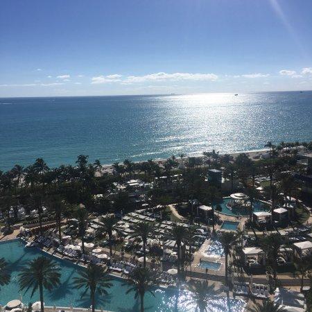 Fontainebleau Miami Beach : photo0.jpg