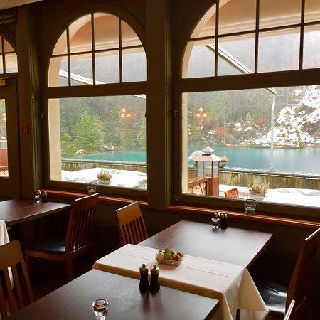Blausee-Mitholz, Switzerland: Blausee Restaurant