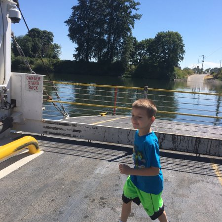 Independence, OR: We moved to Buena Vista and we love the Ferry