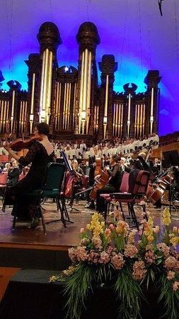 Mormon Tabernacle Choir: 20160220_184808_large.jpg