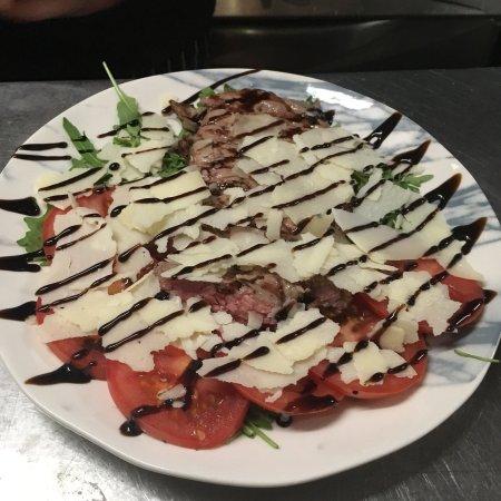 L'azzurro Restaurant Pizzeria Familia
