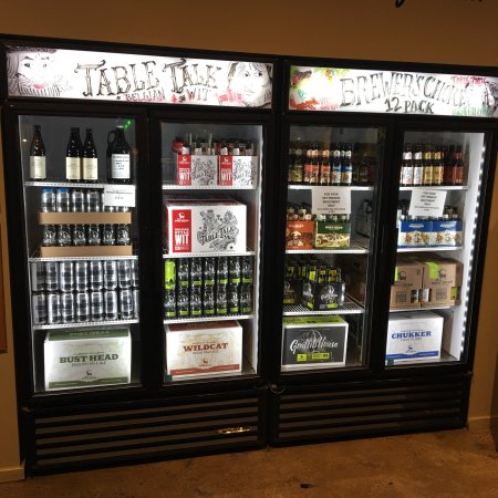 Warrenton, VA: Menu, refrigerator and store