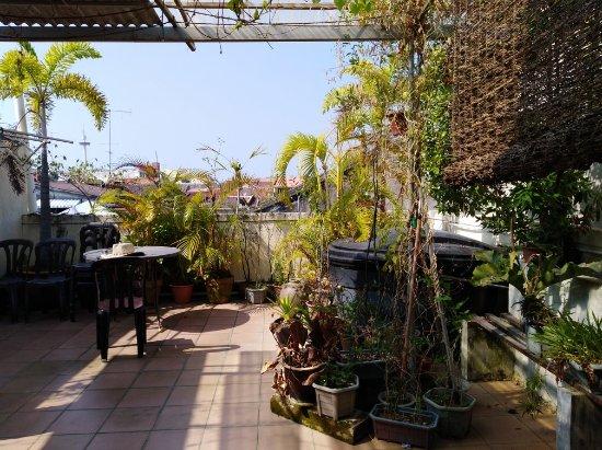 Roof Top Guest House Melaka: IMG_20180217_104200_large.jpg