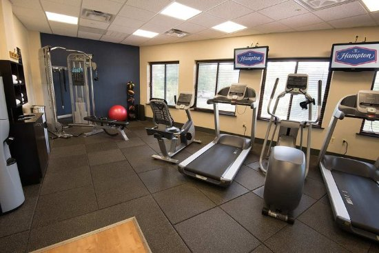 Carlstadt, NJ: Health club