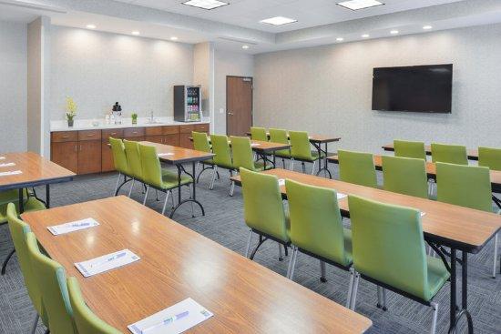 Salem, IL: Meeting room
