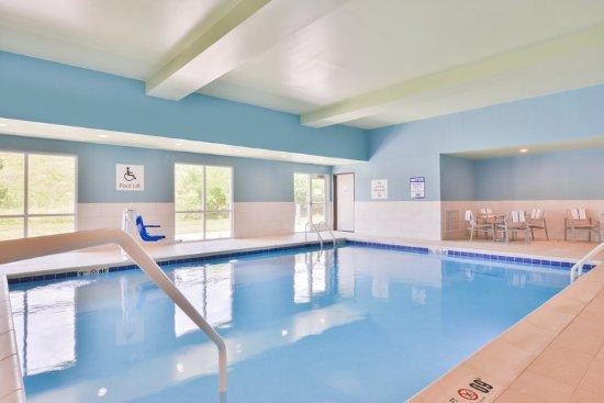 Salem, IL : Pool