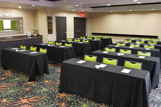 Hotels With Meeting Rooms In Tulsa Ok