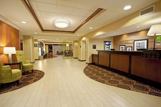 Smyrna, TN: Lobby