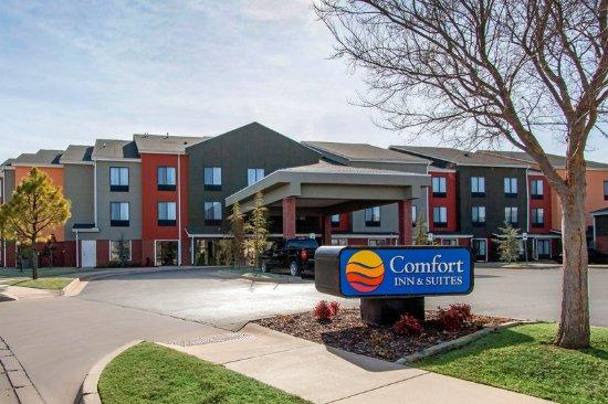 comfort inn suites 93 1 2 4 updated 2018 prices. Black Bedroom Furniture Sets. Home Design Ideas