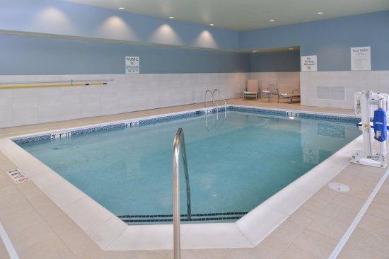 Carter Lake, IA: Pool